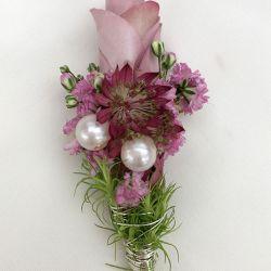 Blumen-Anstecker